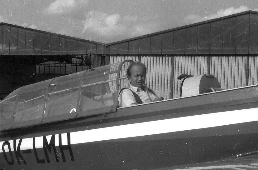 ... a pilot vlečného letounu